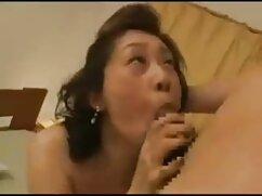 Les pornocasadas encanta tocar el coño tan bien como su culo-more hotajp com