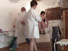 Chica casadas infieles xvideos jugando en Japón