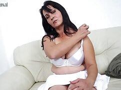 Sylvie tetas esposas maduras infieles xxx masturbándose